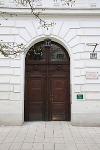 In der Porzellangasse 33a befanden sich bis vor kurzem die verstrahlten Uni-Büros (c) S. Jenis